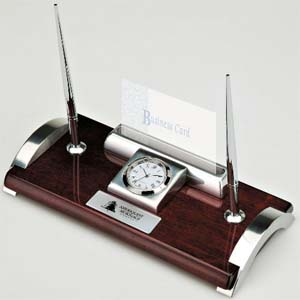 QUERCIA I Executive Desk set w/2 pens, clock and Bus. Card holder