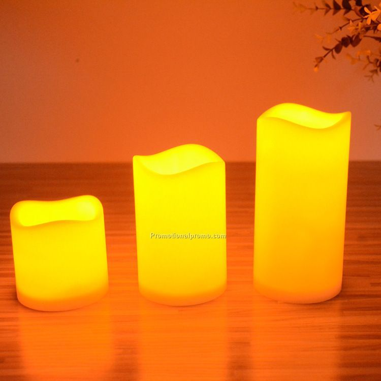 Electric battery operated moving wick flameless led candle