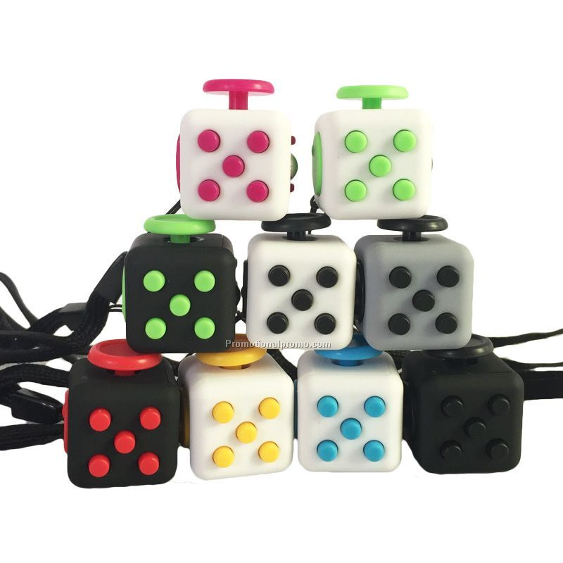 Mini 2.2cm Fidget Cube Vinyl Desk Toy Keychain Squeeze Fun Stress Reliever with Keychain