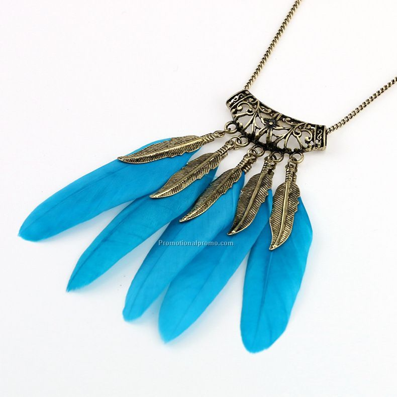 Hot selling decorative feather sweater chain