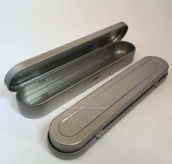 Metal pen case for one pen