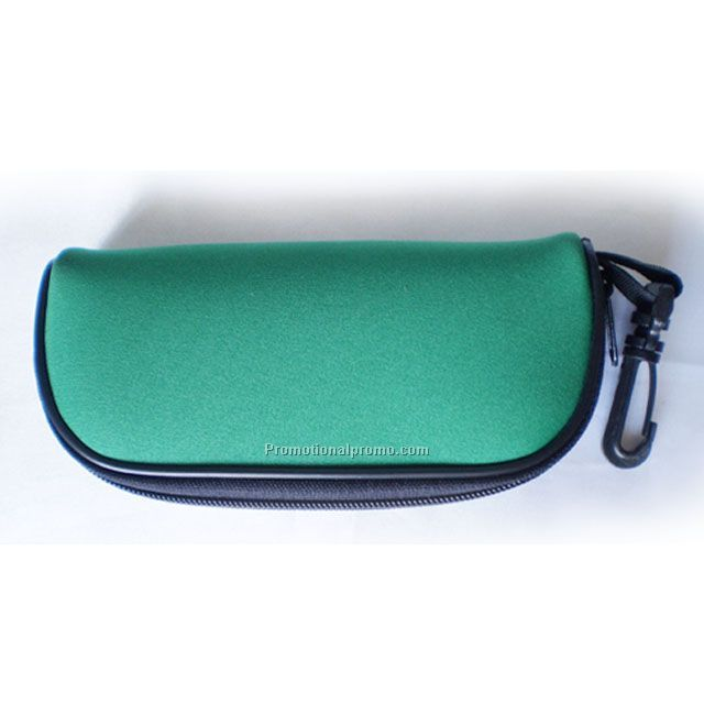 Custom neoprene eyewear case, sport boating sunglasses holder pouch with carbiner